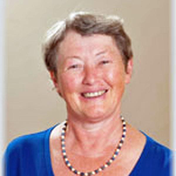 Lynda Yates